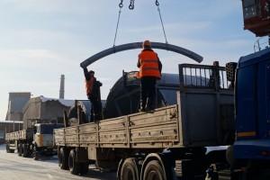 Отгрузка готовых конструкций на площадке завода