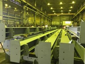 Огрунтованные колонны перед финишной покраской ОС-12-30